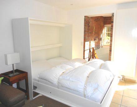 Schrankbett 180x200 wattperle ferienwohnungen auf sylt wohnung strandkrabbe